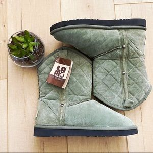 Lamo Women's B-Quilted Boot